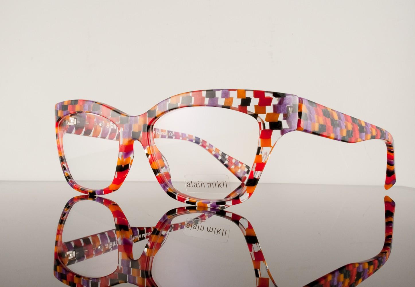 Gafas originales de colores del autor Alain Mikli