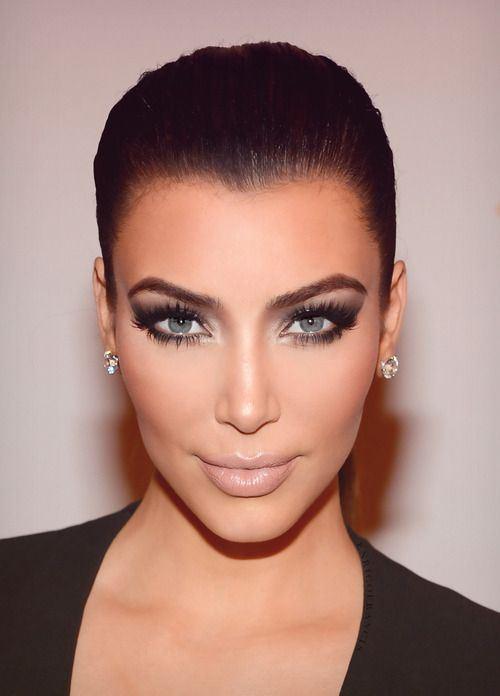 kim-kardashian-lentillas-de colores