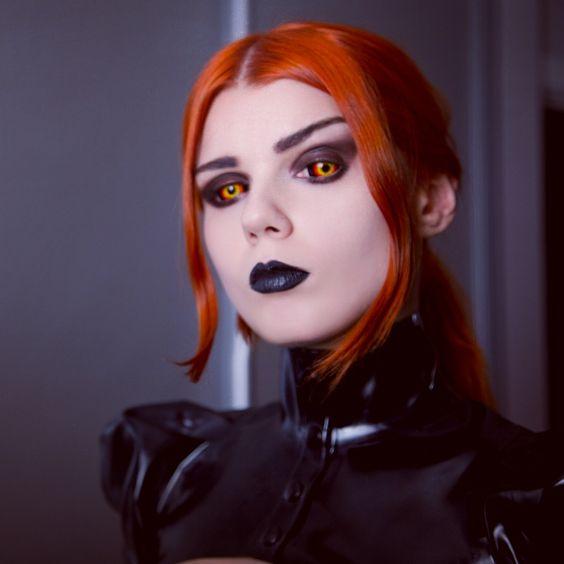 Lentillas de miedo para tu disfraz de halloween blog a for Cara pintada diablo